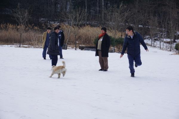 크기변환_임감독님과 겨울이 3.JPG