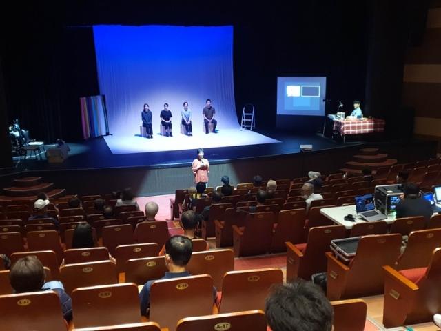 """[연합뉴스] """"내 인생이 바로 무대에서 재현"""" 홍천서 즉흥 연극 눈길"""